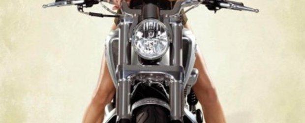 Harley-Davidson, U.S. Army si Marisa Miller