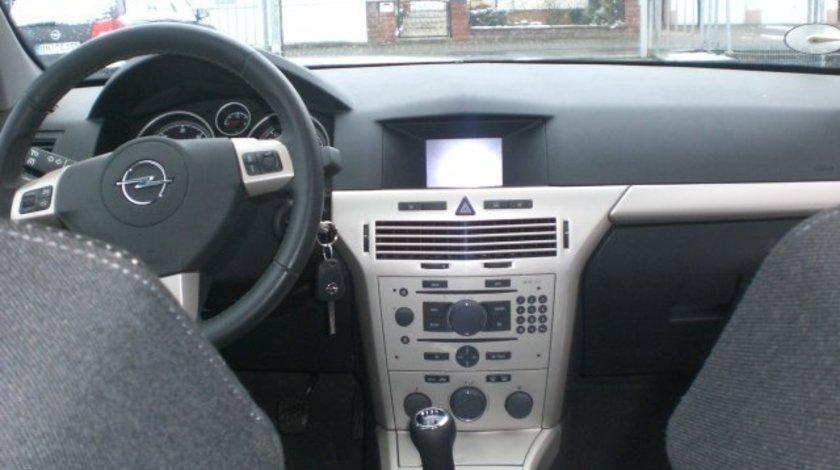 Harti navigatie GPS OPEL Astra Vectra Zafira 70 DVD 90 Romania 2017/2018