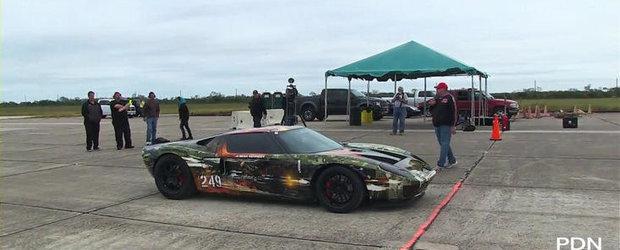 Hennessey GT Twin-Turbo la Texas Mile 2012 - 423.74 km/h intr-o singura mila!