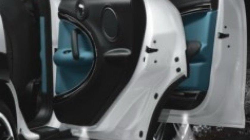 Holograma Emblema Auto Pentru Toate Tipurile De Autoturisme - De La 69 Lei-