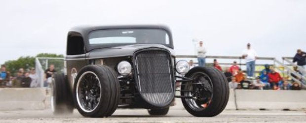 Hot Rod: Un Ford din 1933 cu veleitati de dragster