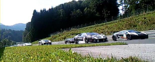 Hot Video: Taurii iau cu asalt circuitul de la Salzburgring!