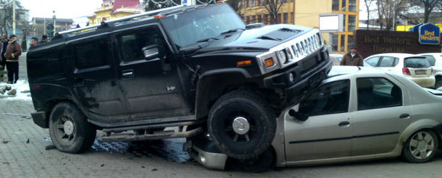 Hummer vs. Logan: dragoste interzisa la Gura Humorului