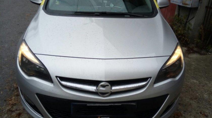 Husa auto dedicate Opel Astra J 2013-> FRACTIONATE. Calitate Premium VistaCar