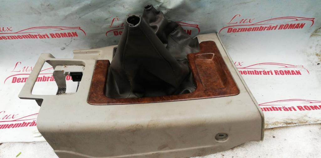 Husa suport schimbator piele Nissan Patrol motor 3.0 di 118kw 160cp ZD30DDTI