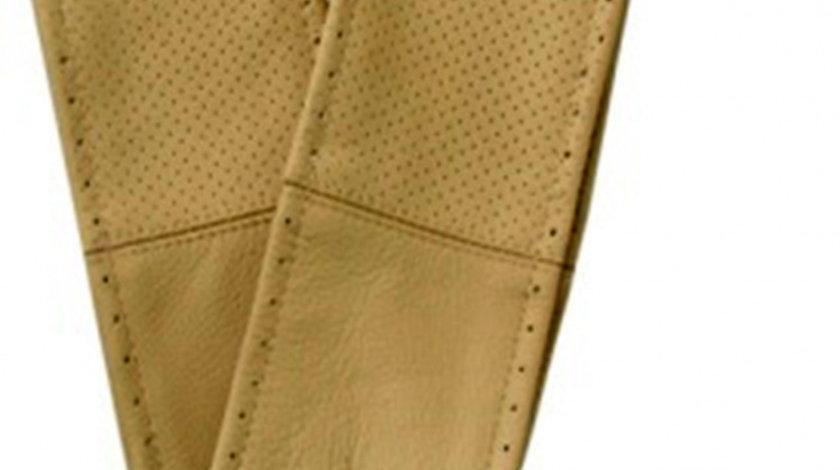 Husa volan cu snur din piele naturala perforata de culoare bej , marime M 37-39 cm