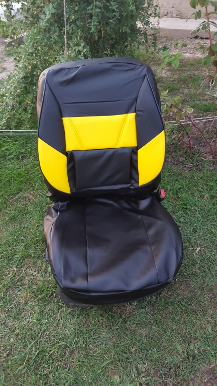 Huse auto din imitatie piele negru cu galben