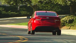 Hyundai Elantra Coupe - Video Oficial