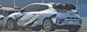 Hyundai nu a glumit cand a spus ca lanseaza o sportiva cu motor central. Asa arata acum masina asteptata de toata lumea
