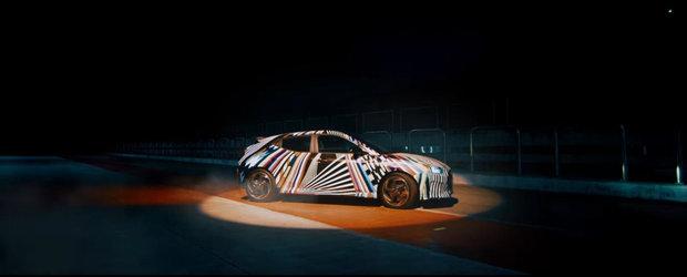 Hyundai se pregateste sa lanseze o noua compacta sportiva. Uite-o cum arata in cel mai recent teaser VIDEO