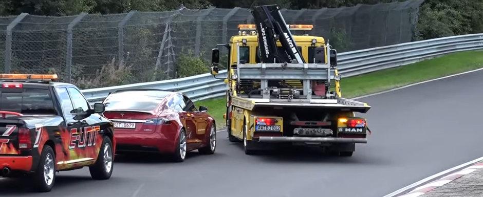 I-a lasat in drum. Model S-ul care a stabilit recordul pe Nurburgring s-a defectat tocmai pe circuit