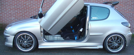 I-a trantit sub capota un motor VTEC, apoi i-a pus Lambo Doors. ASTAZI il vinde pentru aceasta suma