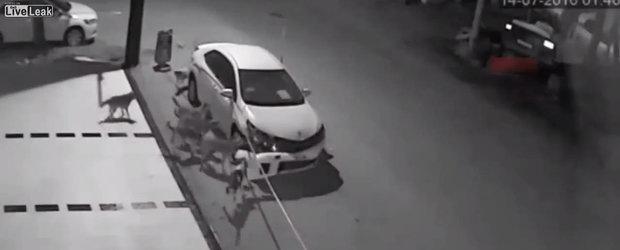 I-au dezmembrat masina in doar cateva secunde. Ce a descoperit cand a studiat imaginile de pe camerele de supraveghere