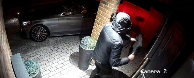 I-au furat masina de lux in doar cateva secunde. Cum a fost posibil
