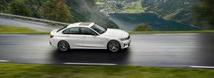 I se va spune si BMW-ul saracului. Bavarezii lanseaza noul 318i cu motor de 156 CP si 0-100 km/h in 8.4 secunde