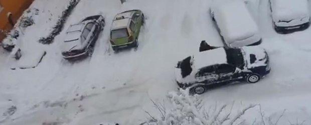Iarna si romanul: cel mai tolomac locatar al unui bloc e depasit de sezonul rece