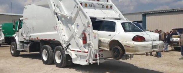 Idee pentru eficientizarea Programului Rabla: masina de gunoi