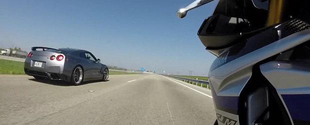 Ilegale in SUA: Yamaha R1M vs Nissan GT-R de 750 CP