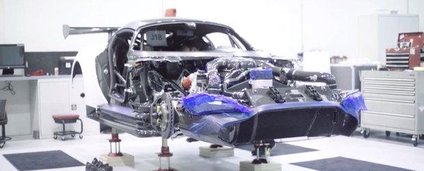 Imagini din culise: Cum este construit exclusivistul Aston Martin Vulcan