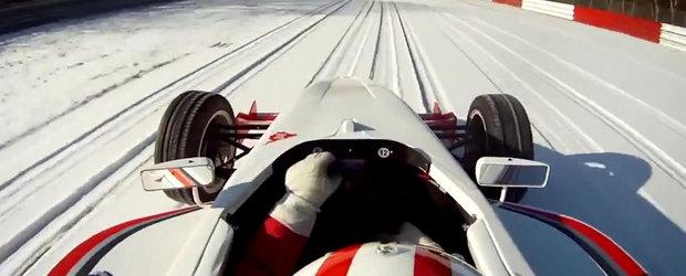 Imagini inedite: Cu monopostul pe un Nurburgring... plin de zapada