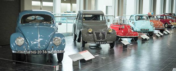 Imagini nemaivazute cu Muzeul Toyota din Japonia. Vizitatorii se pot plimba printre masini Ferrari, VW si Citroen