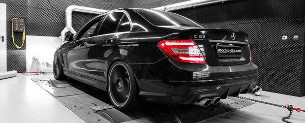 Imbunatatirile aduse sedanului german costa putin peste 90.000 de euro. Acum are 830 de cai si 900 Nm cuplu