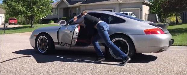 In 2016, a cumparat cel mai ieftin Porsche 911 pe care l-a gasit la vanzare. Cat a bagat pana acum in masina germana