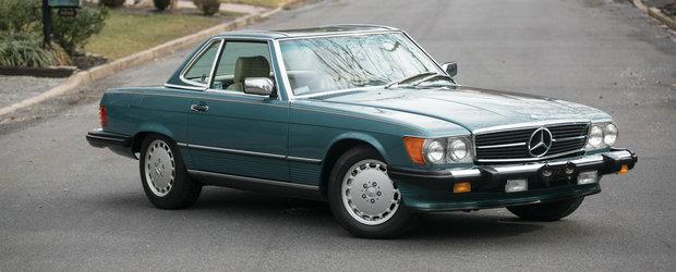 In ultimii 30 de ani a facut cu el doar 5.000 de km. Cat cere acum pe acest SL cu motor V8