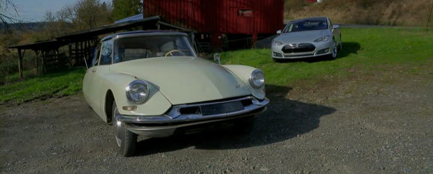 Inapoi in viitor: Citroen DS-19 versus Tesla Model S