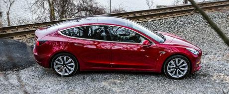 Inca o palma data nemtilor: Tesla Model 3 bate Audi A4, BMW Seria 3 si Mercedes C-Class la vanzari, in Europa