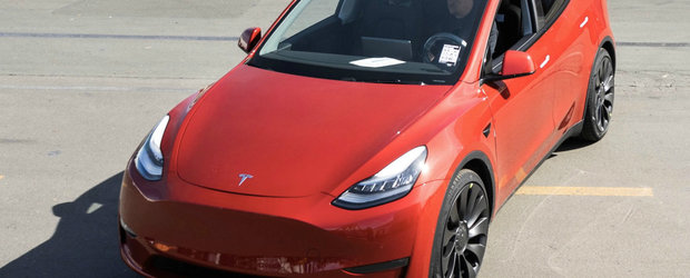 Inca o palma data... tuturor: Tesla a produs masina cu numarul 1 milion