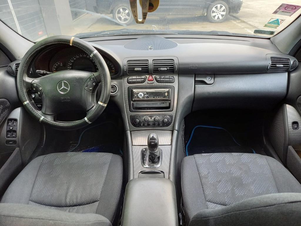 Incuietoare capota Mercedes C-Class W203 2002 Berlina 2.2