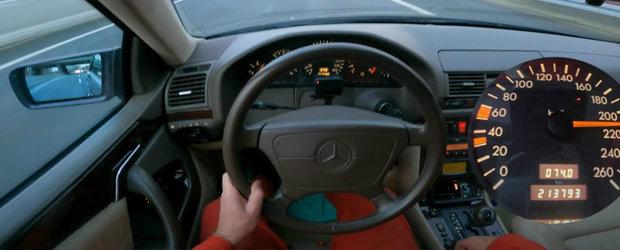 Inginerie germana. S-a filmat cu peste 200 km/h pe Autobahn la volanul unui Mercedes din '97