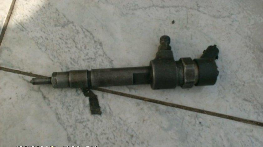 Injectoare Alfa Romeo 166 cod 0445 110 002 0445 110 068