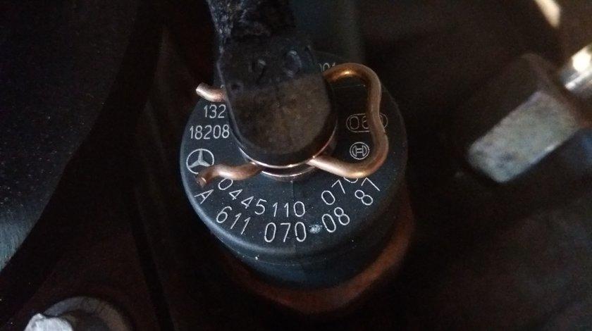Injectoare Mercedes Sprinter 2000-2006 2.2 CDI Cod injector A6110700887