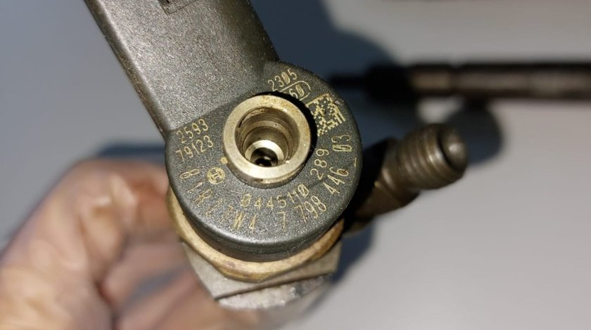 Injector 0445110289 2.0 Bmw E81 E82 E87 F20 F21 E90 E91 0445110289 7798446 03