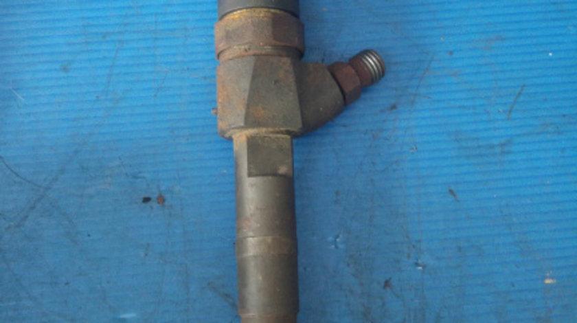 Injector 1.9 jtd 192a5000 alfa romeo 147 156 fiat stilo 192 0445110111