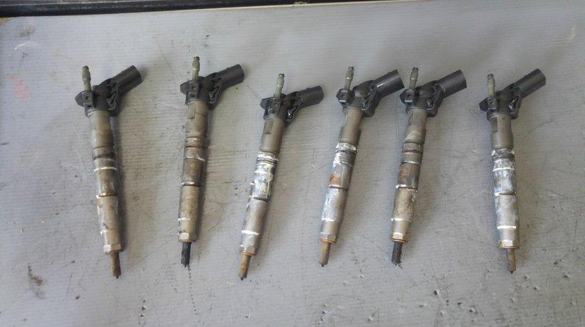 Injector 350 cdi mercedes ml w164 ml c-class w204 e-class w212 s-class w221 gl-class x164 0445116026