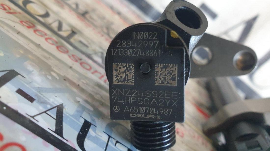 Injector Mercedes-Benz E-Class Coupe (C207) 220 CDI 2.2 170cp cod piesa : A6510704987