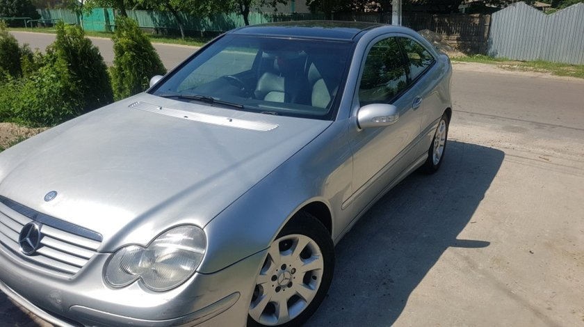 Injector Mercedes C-CLASS Coupe Sport CL203 2003 Coupe 1.8 kompresor