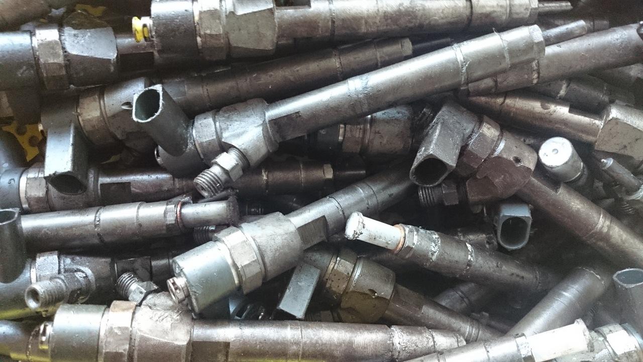 Injector Mercedes CDI Cod A6110701187 A6110701487 A6130700687 A6110700587 A6110700887