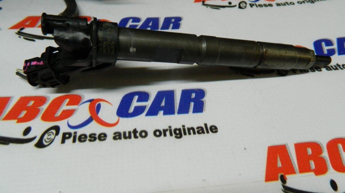 Injector Toyota Yaris (XP9) 1.4 Diesel cod: 23670-33050 model 2008