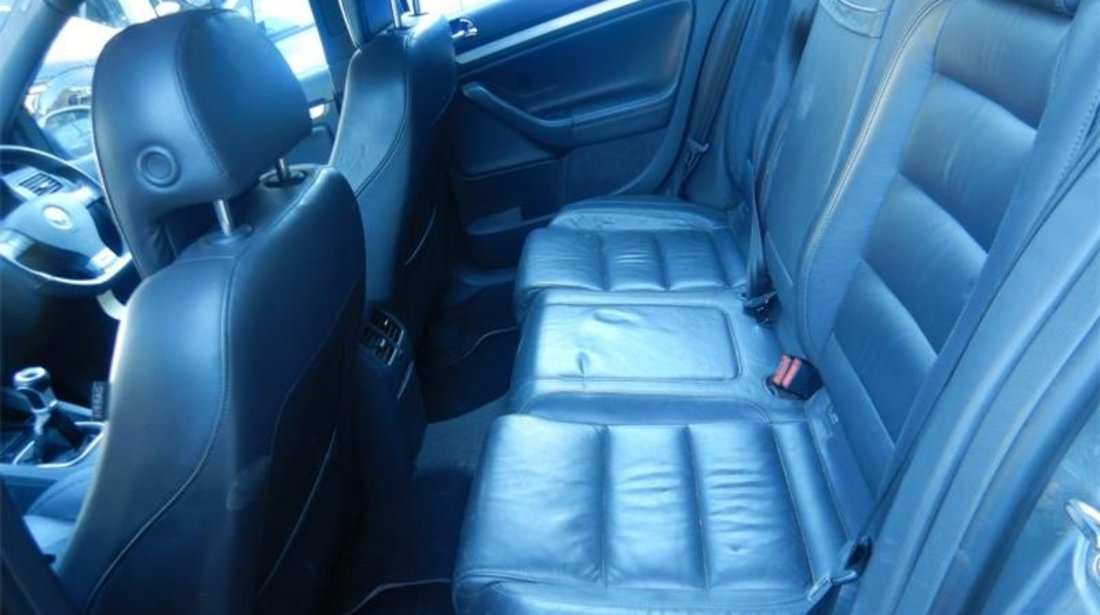 Injector Volkswagen Golf 5 2005 Hatchback 2.0 GTi
