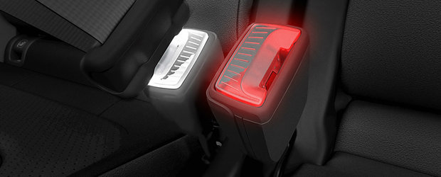 Inovatie marca Skoda: cehii vor integra LED-uri in sistemul de prindere al centurii de siguranta