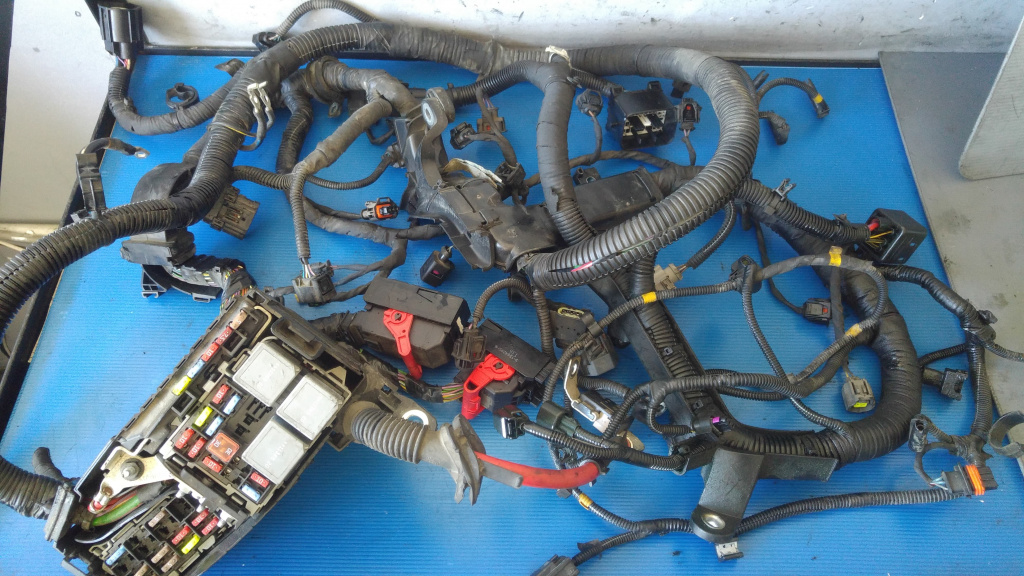 Instalatie electrica motor 2.0 d d5204t3 volvo v60 ll 31327096