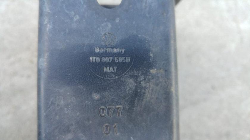Intaritura armatura bara spate vw touran 1t facelift 2003-2010 1t0807585b