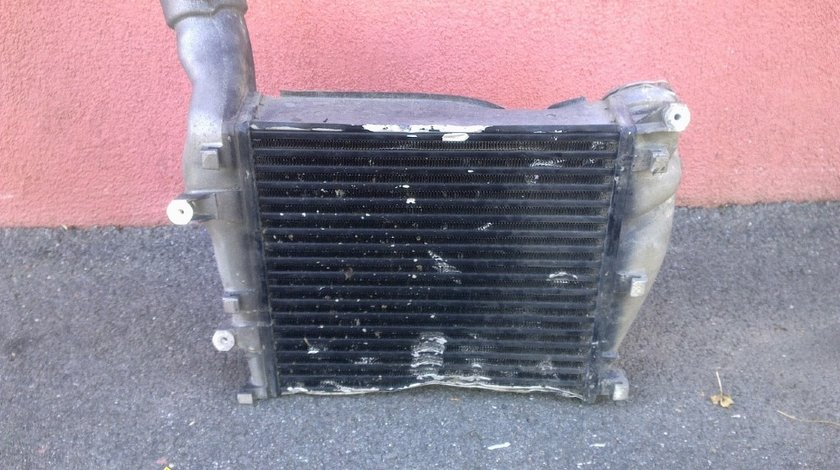 Intercooler dreapta porsche cayenne turbo s 2009