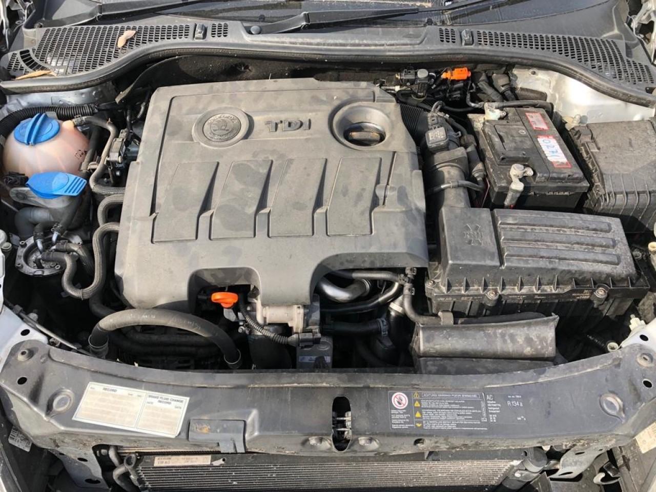 Intercooler Skoda Octavia 2012 berlina 1.6 diesel