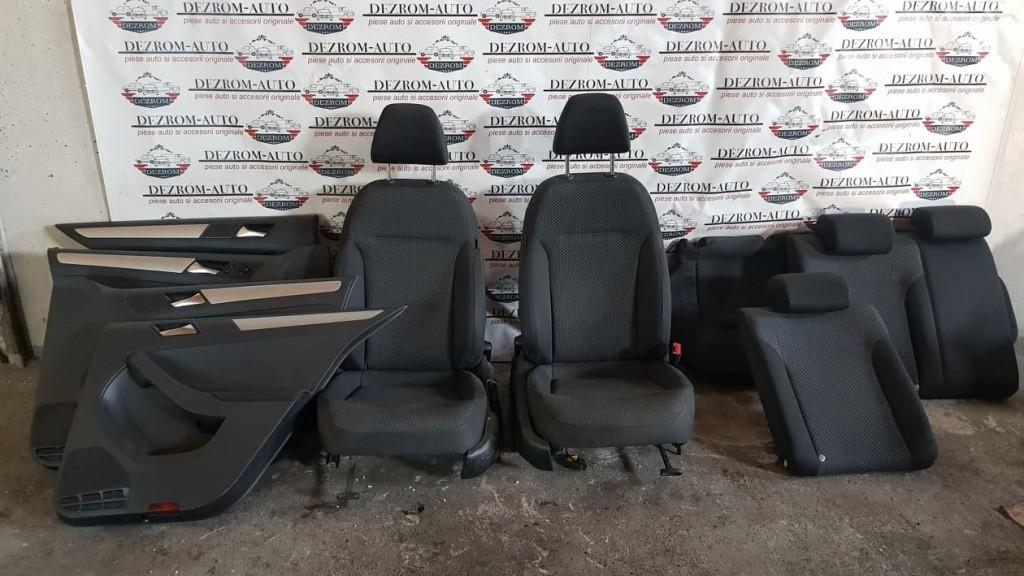 Interior complet cu incalzire scaune VW Jetta 4 Facelift 2014-2018