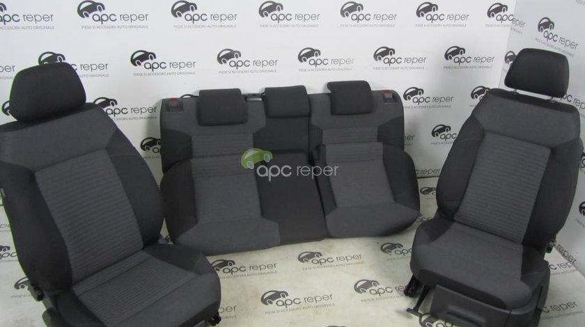 Interior complet VW Polo 6R 2015 model cu 2usi Scaune + bancheta